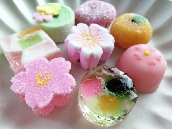 「京菓匠 高野屋貞広」で春を楽しむ。